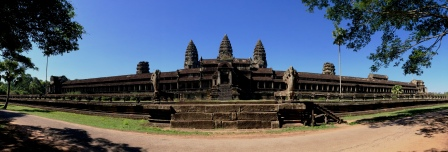 CAM18_Angkor_Wat_Side_View.jpg
